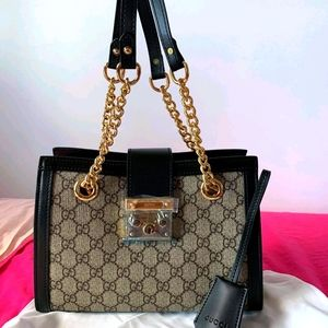 GUCCISHOULDER BAG